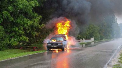 659444-car-accident-2789841960720.jpg