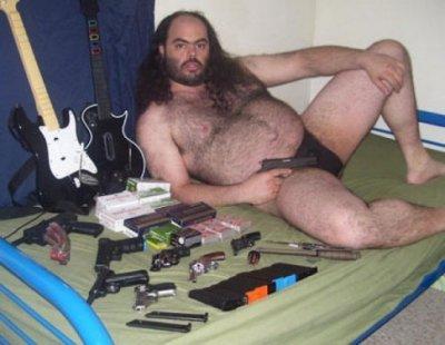 guy-with-guns-485x375.jpg