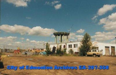 EA-207-358_141.jpg